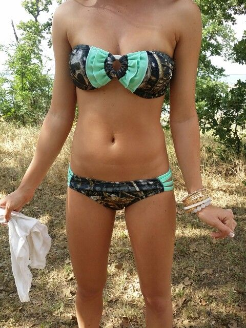 I'm not really one for camo swim attire but this is soooooo cute <3