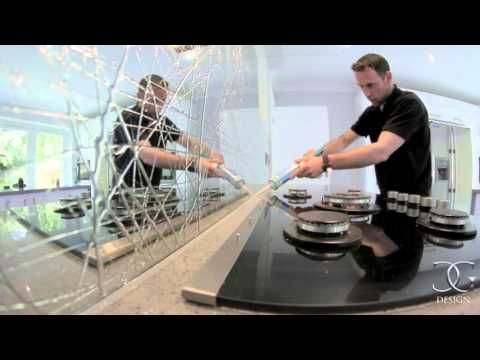 Liquid mirror glass kitchen splashback by CreoGlass Design | Kitchen Glass Splashbacks & Worktops. #kitchen #backsplash
