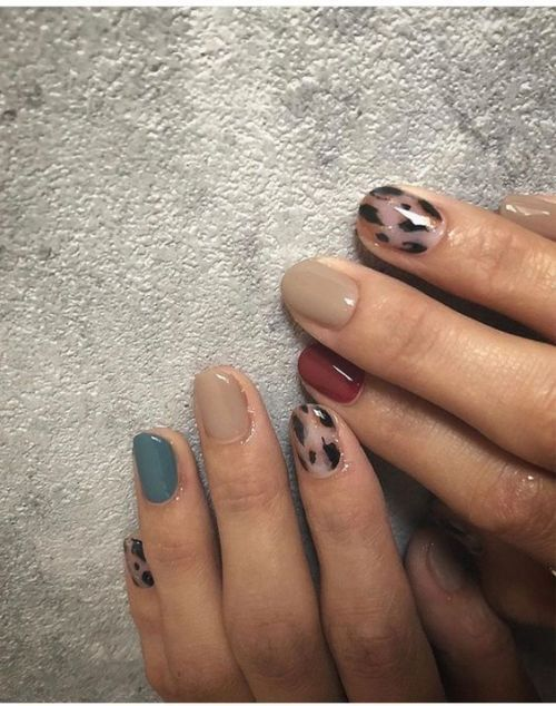 "cafe-solo: ""Source: pinterest.com "" nail inspo"