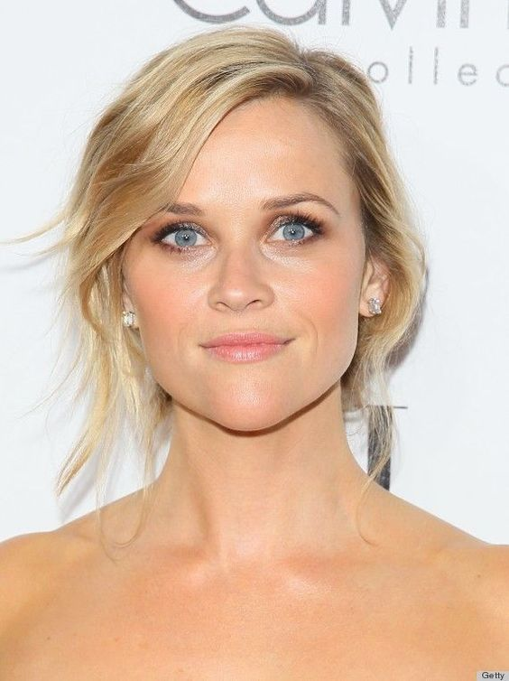 Reese Witherspoon Peach Blush