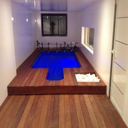 Piscine int rieure piscine pinterest for Petite piscine interieure