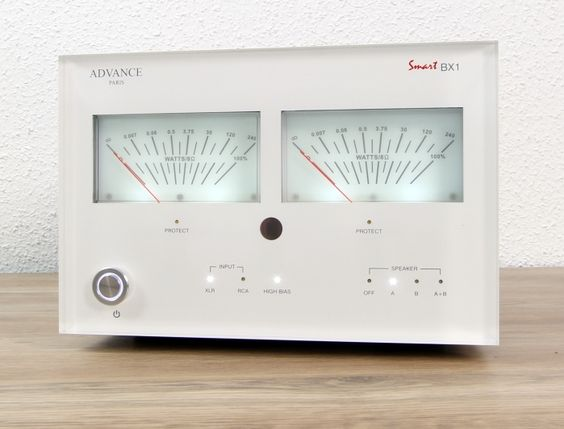 Advance Acoustic BX1 Front