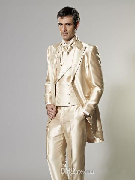 Three Pieces Hot Sale Custom Made Groom Tuxedos Gold Wedding Suits