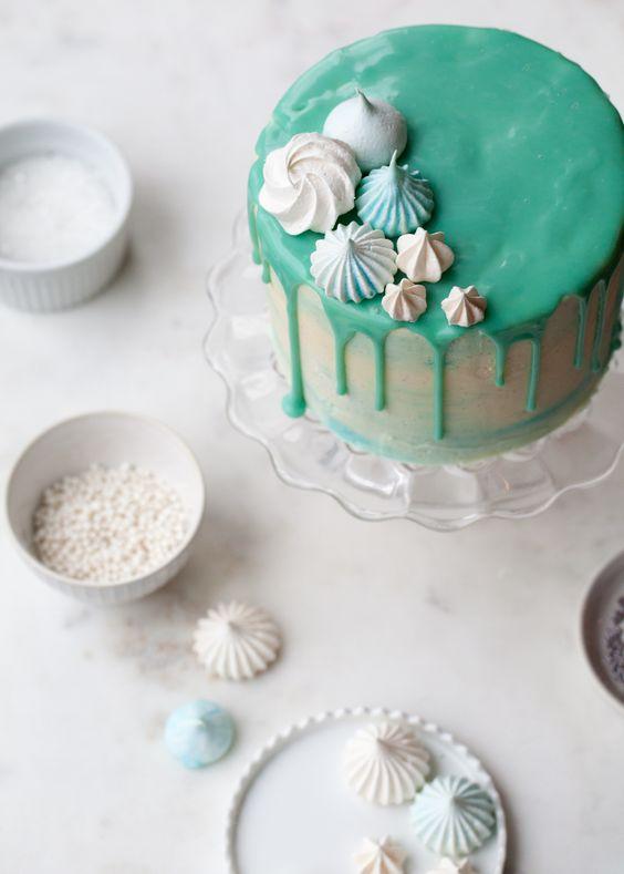 Winter wonderland cake, Winter wonderland and Vanilla bean cakes on ...