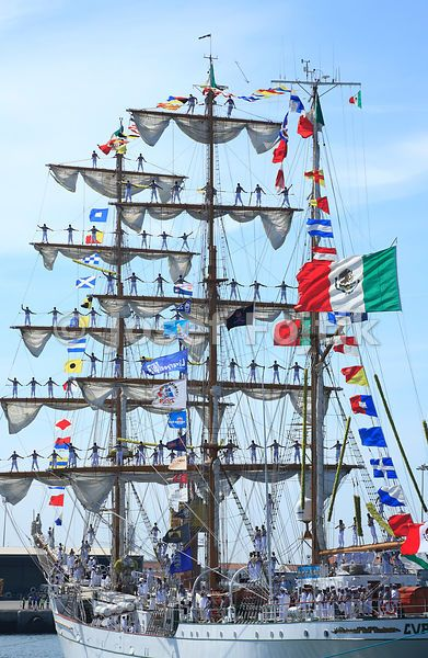 Mexican navy sail training ship - three masted barque Cvavatemoc entering Port of Aveiro, Portugal, Funchal 500 Race 2008