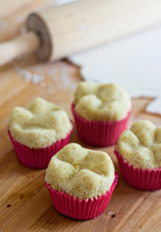 Erica's Sweet Tooth » Tooth Cupcakes