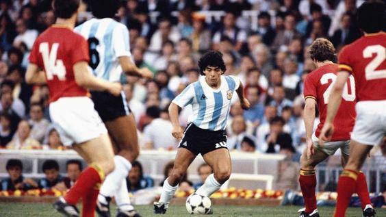 13/06/1982,Diego en el Partido inaugural de la Copa del Mundo España 1982.(Argentina 0 Bélgica 1)