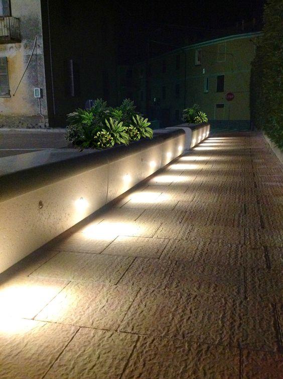 Led spot light street furniture and spot lights on pinterest for Bellitalia arredo urbano