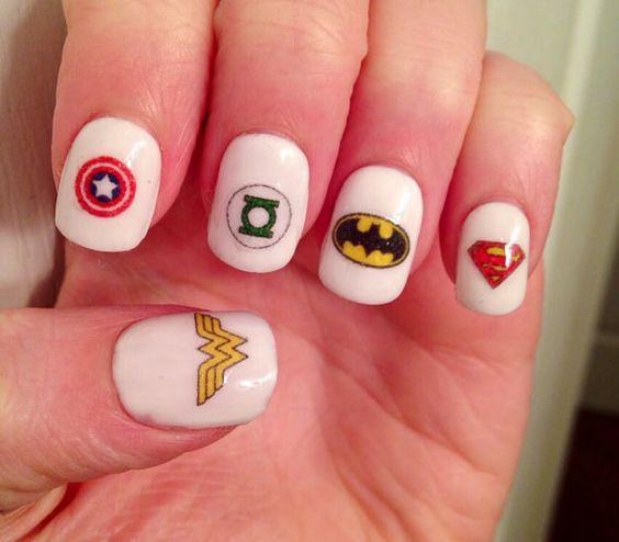 nail art de superhéroes