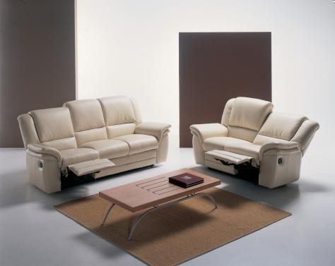 Sofa da tphcm cho phòng khách thư giãn