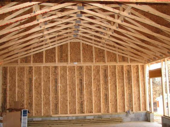 Scissor truss pictures and designs with wooden wall for Vaulted ceiling trusses