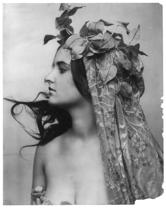 "realityayslum:  "" Fritz W. Guerin - Young woman, c1900.  … via ILL.REF (Tyler Wilde)  """