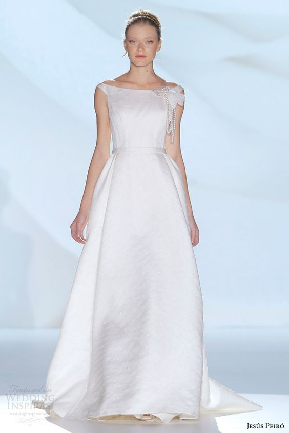 Jesús Peiró 2015 Wedding Dresses — Perfume Bridal Collection | Wedding Inspirasi