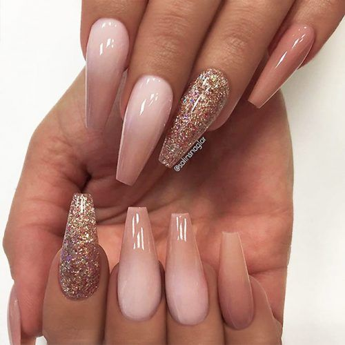 Coffin Nail Designs Update Your Trendy Compilation Glaminati Com Rose Gold Nails Acrylic Gold Glitter Nails Gold Acrylic Nails