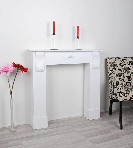 chemin e d corative du bois chemin e style campagnard en blanc cuisine maison. Black Bedroom Furniture Sets. Home Design Ideas