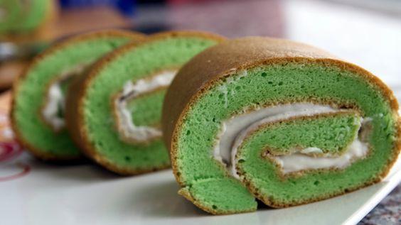 PANDAN ROLL CAKE - Bánh cuộn lá dứa