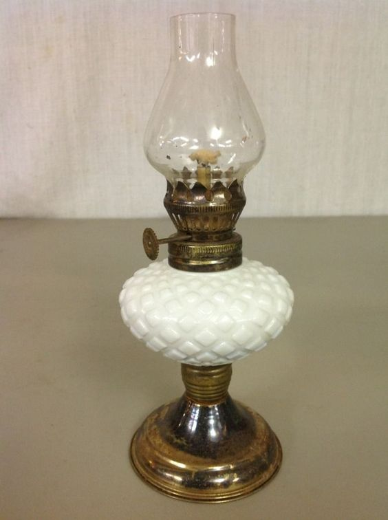 VINTAGE WHITE MILK GLASS DIAMOND PATTERN PEDESTAL MINIATURE OIL LAMP