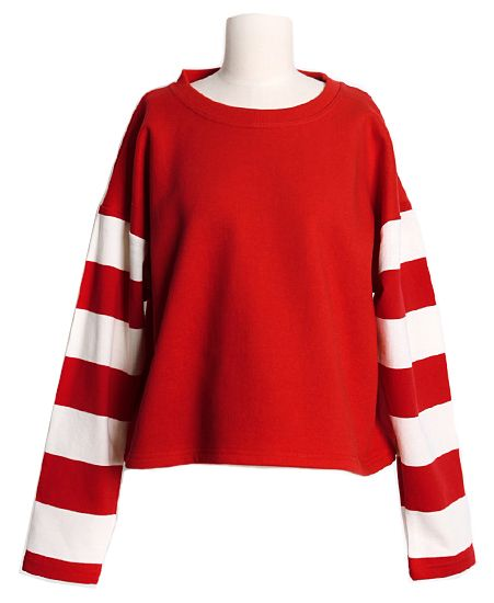 Striped Sleeves Tee | Fall & Winter | Dolly & Molly | www.dollymolly.com | #Fun #Rock #retro #60s #70s #fashion #styling #monotone #black #white #Tops #topshop #Circus #cool #aw #nycfw #fashionweek #red #classic #fairytales
