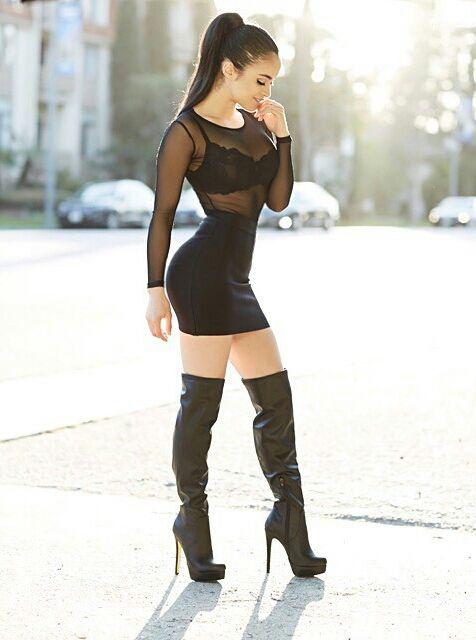 Busty ladyboy black bodysuit bareback