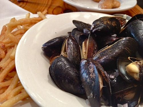 moules-frites - mussles and fries