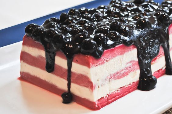 God Bless America Ice cream cake: Plated Desserts, Layered Ice, American Flag Cake, America Ice, Ice Cream Cakes, Cold Desserts, Icecream Cake
