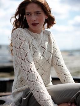 Blusa em tricô ajurado
