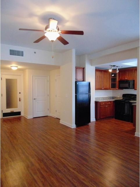 1 Bedroom At 100 N Elm Street Posted By For Renthop Loft Style Apartments Loft Style Rental Apartments