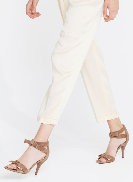 Sandálias nó