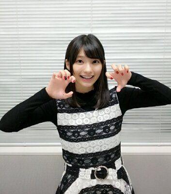 ボーダーの洋服の高野麻里佳さん