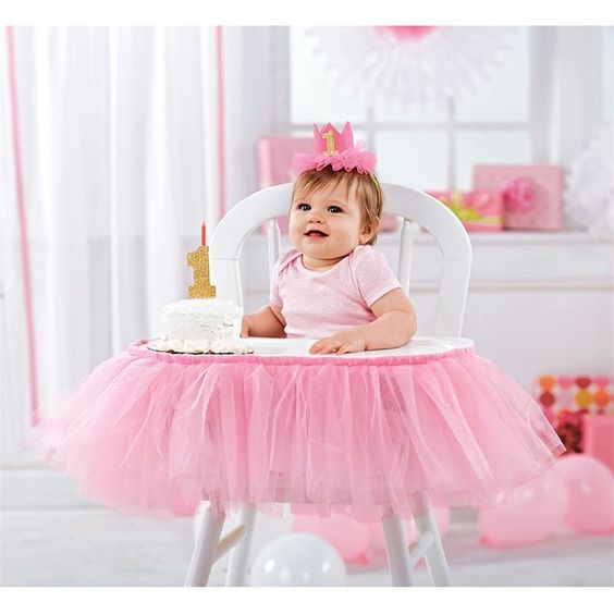 Happy First Birthday, Princess! Must have this Mud Pie Pink Tulle High Chair Wrap!