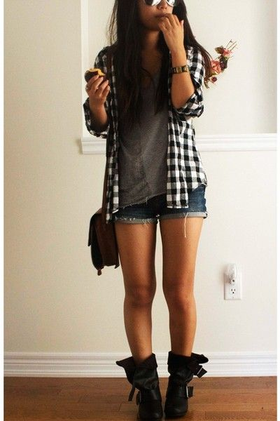 Fall look - denim shorts + gray t shirt + checkered shirt + boots