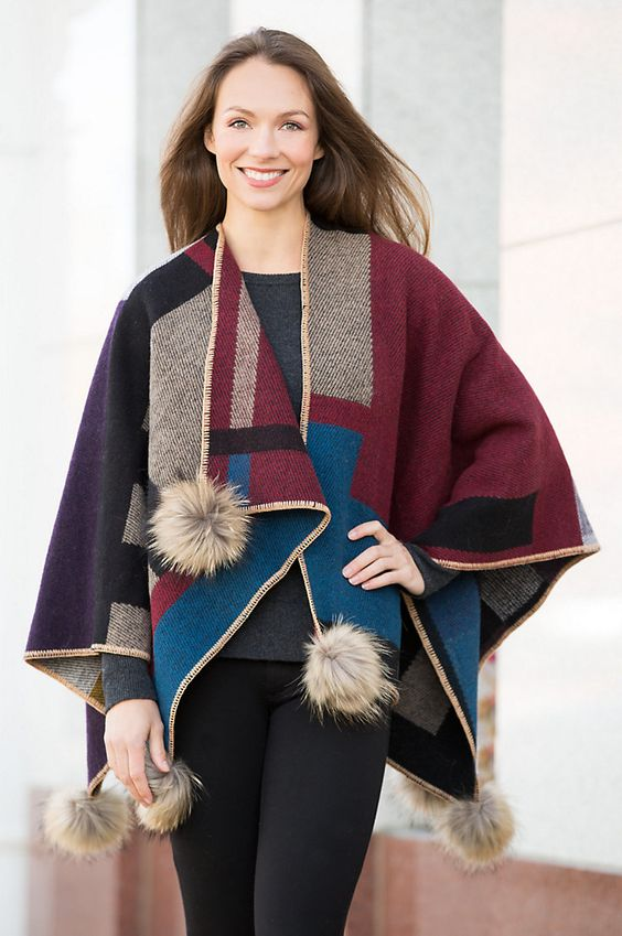 Surround yourself in our textured Shanna wool blanket wrap to fashion yourself in an instant shelter from wind or chill.