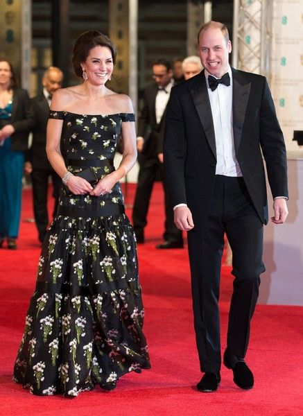 Britain's Prince William, Duke of Cambridge (R) and Britain's Catherine, Duchess of Cambridge arrive to attend the BAFTA British Academy Film Awards at the Royal Albert Hall in London on February 12, 2017...The British Academy of Film and Television Arts supports, develops and promotes the art forms of the moving image by identifying and rewarding excellence, inspiring practitioners and benefiting the public. / AFP / POOL AND AFP / Daniel LEAL-OLIVAS