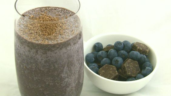 Chocolate & Blueberry Smoothie - Once sip of this and you'll be hooked. It's low fat too!