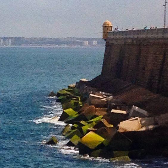 Santa Bárbara paseo en Cádiz