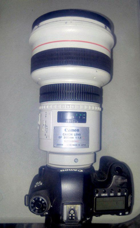 Canon 200mm F 1 8 A Legendary Lens Known As The Eye Of Sauron Canon Camera Camera Hacks Camera Photography