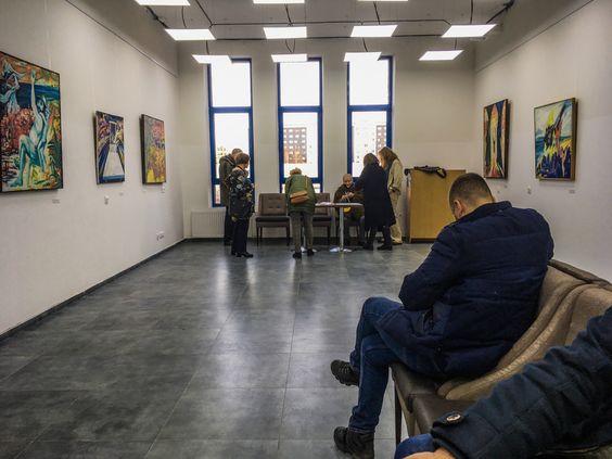На выставке Израила Гершбурга в новой синагоге Калининграда. Фото Жени Шведы