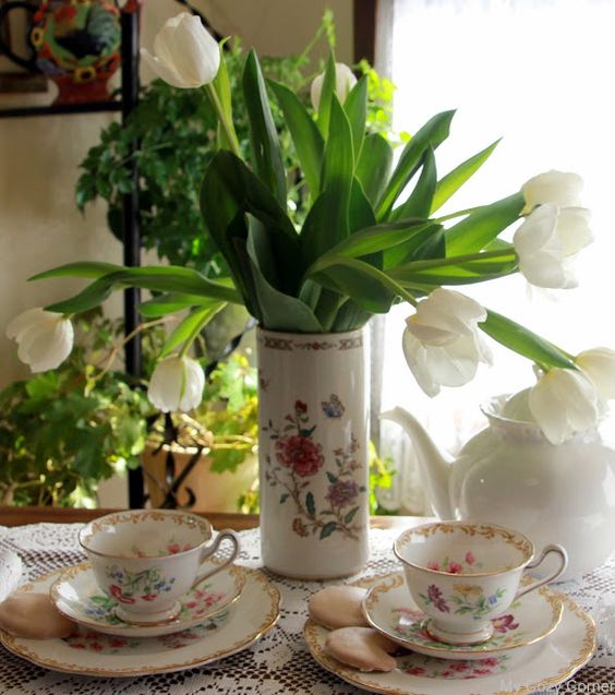 My Cozy Corner: Tulip Tea Time