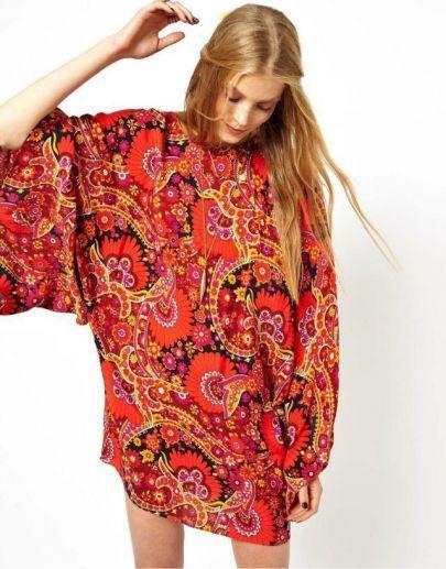 geblümtes Vintage-Kleid mit Fledermausärmeln, rot pictures