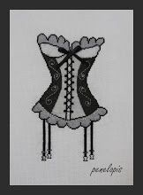 Penelopis' cross stitch freebies: corset/gorset