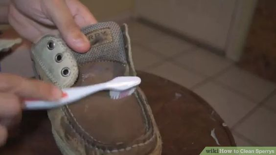 Image titled Clean Sperrys Step 1