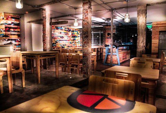 Glitch Bar,© Xavier Burneo