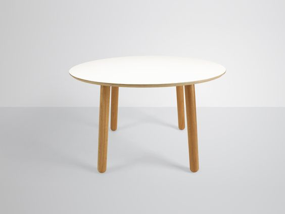 Grace - Oval Dining Table
