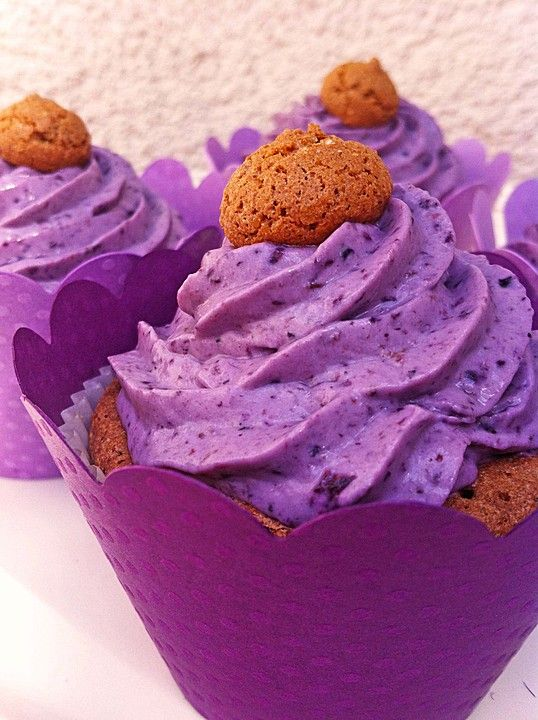 Heidelbeer-Mascarpone-Frosting für Cupcakes