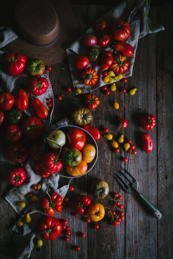 With all the tomatoes coming from the garden, I am so excited to make and share this Tomato Butter! #tomato #heirloom #butter #garden #appetizer