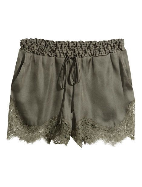 Shorts | @giftryapp