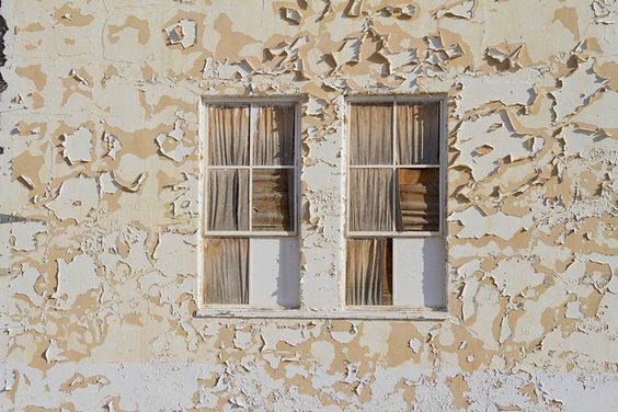 weathered by Darius twin, via Flickr | #earthtones #brown #yellow #gold #wood