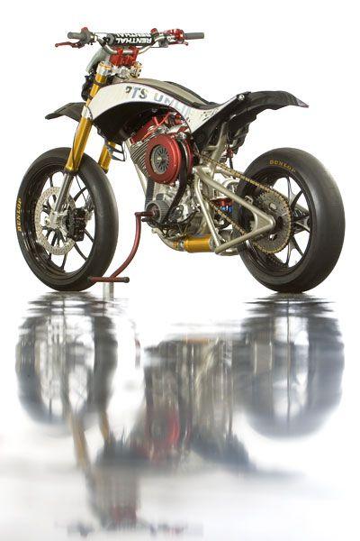 "Tuning Harley-Davidson ""Slotard"" - Supermotard"