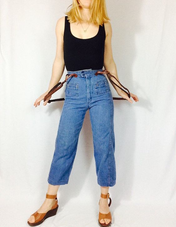 Vintage high waist jeans with braided braces