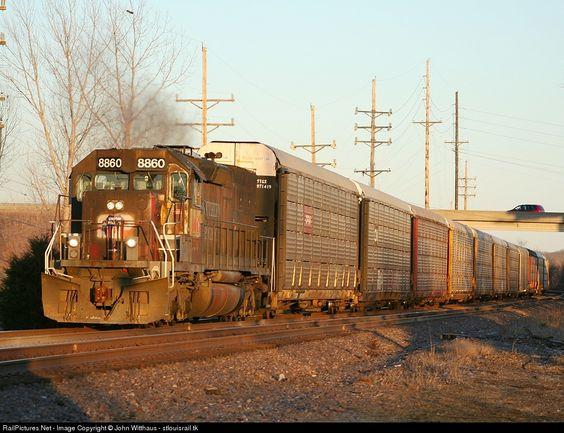 RailPictures.Net Photo: UP 8860 Union Pacific EMD SD40T-2 at Eureka, Missouri by John Witthaus - stlouisrail.tk